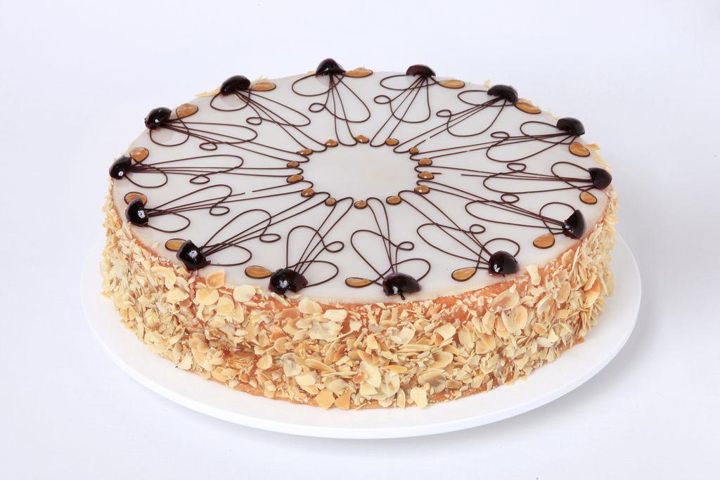 Kuchen Und Torten Aus Unserer Conditorei Cafe Und Konditorei Ertl