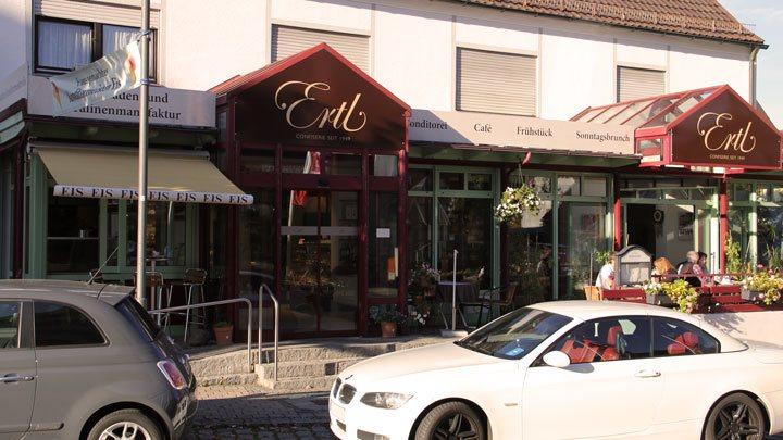 Schöne Herbststimmung beim Café Ertl in Steppach
